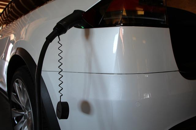mobil listrik tesla model X